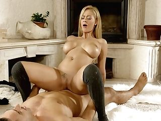 Hungarian Buxom Seductress Peneloppe Ferre Rails Big Fuck-stick And...