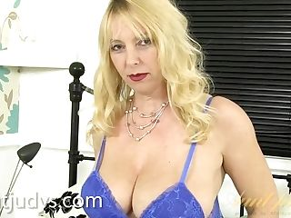 Lucinda Makes You Squirt Your Spunk Everywhere